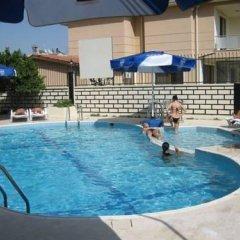 Gozde Hotel бассейн