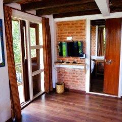 Отель at the End of the Universe Непал, Нагаркот - отзывы, цены и фото номеров - забронировать отель at the End of the Universe онлайн удобства в номере