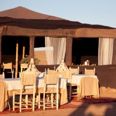 Отель Kam Kam Dunes Марокко, Мерзуга - отзывы, цены и фото номеров - забронировать отель Kam Kam Dunes онлайн помещение для мероприятий