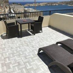 Отель Grand Harbour Hotel Мальта, Валетта - отзывы, цены и фото номеров - забронировать отель Grand Harbour Hotel онлайн бассейн