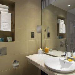 Отель Centro Capital Centre By Rotana ванная фото 2