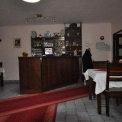 Отель Pension Sparta гостиничный бар