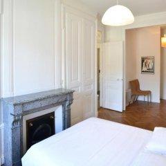 Отель Appart Ambiance Montauban сейф в номере
