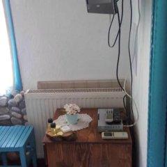 Alya Pansiyon Турция, Сельчук - отзывы, цены и фото номеров - забронировать отель Alya Pansiyon онлайн сейф в номере