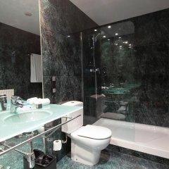 Hotel Ciutat Martorell ванная
