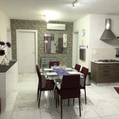 Апартаменты Marsascala Sea View Luxury Apartment & Penthouse Марсаскала питание фото 3