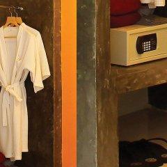 Отель Aonang Paradise Resort сейф в номере