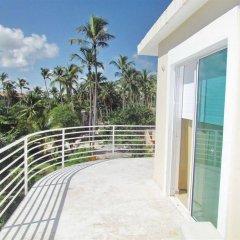 Отель Los Corales Villas Ocean Front Доминикана, Пунта Кана - отзывы, цены и фото номеров - забронировать отель Los Corales Villas Ocean Front онлайн балкон