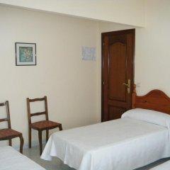 Отель Hostal As Viñas комната для гостей фото 5