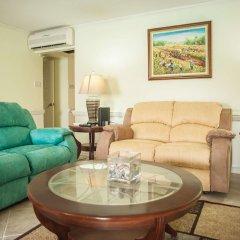 Отель Seawind On the Bay Apartments Ямайка, Монтего-Бей - отзывы, цены и фото номеров - забронировать отель Seawind On the Bay Apartments онлайн комната для гостей фото 2