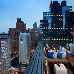 Отель 6 Columbus Central Park a Sixty Hotel США, Нью-Йорк - отзывы, цены и фото номеров - забронировать отель 6 Columbus Central Park a Sixty Hotel онлайн балкон