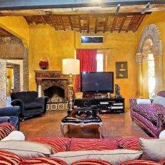 Отель Trastevere Large Apartment With Terrace Италия, Рим - отзывы, цены и фото номеров - забронировать отель Trastevere Large Apartment With Terrace онлайн комната для гостей фото 4