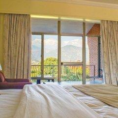 Отель Royal Palm Resort Непал, Покхара - отзывы, цены и фото номеров - забронировать отель Royal Palm Resort онлайн балкон