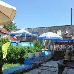 Отель Stai Simona Болгария, Плевен - отзывы, цены и фото номеров - забронировать отель Stai Simona онлайн бассейн фото 2