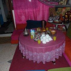 Отель Auberge De Jeunesse Ouarzazate - Hostel Марокко, Уарзазат - отзывы, цены и фото номеров - забронировать отель Auberge De Jeunesse Ouarzazate - Hostel онлайн помещение для мероприятий