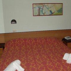 Hotel Niagara Римини фитнесс-зал