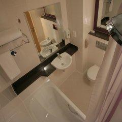 Отель Premier Inn Dubai International Airport ванная