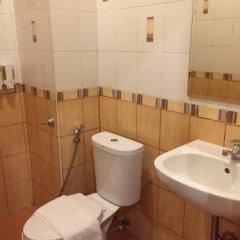 Отель Ferb Guest House ванная фото 2