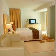 Отель The Tivoli Бангкок сейф в номере