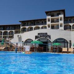 Отель Мельница Болгария, Свети Влас - отзывы, цены и фото номеров - забронировать отель Мельница онлайн бассейн