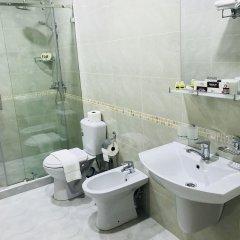 Отель Хуа Узбекистан, Ташкент - отзывы, цены и фото номеров - забронировать отель Хуа онлайн ванная
