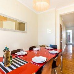 Апартаменты Liberty Penthouse Three-Bedroom Apartment - by LU Holidays питание