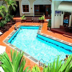 Hotel Majestic Saigon бассейн фото 3