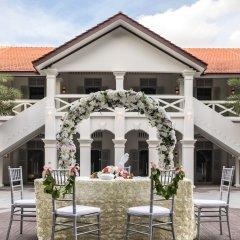 Village Hotel at Sentosa by Far East Hospitality фото 2