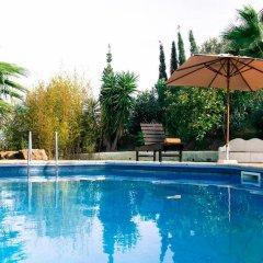 Отель Quinta dos Cochichos бассейн