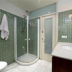 Отель Habitat Apartments Banys Испания, Барселона - отзывы, цены и фото номеров - забронировать отель Habitat Apartments Banys онлайн ванная фото 2