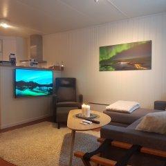 Отель Bjørn & Bibbi's Норвегия, Тромсе - отзывы, цены и фото номеров - забронировать отель Bjørn & Bibbi's онлайн комната для гостей фото 3