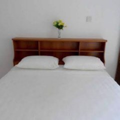 Отель Araliya Villa Fort комната для гостей