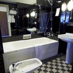 Отель Richmond Hotel Дания, Копенгаген - 1 отзыв об отеле, цены и фото номеров - забронировать отель Richmond Hotel онлайн ванная