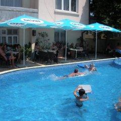 Peshev Family Hotel Nesebar бассейн фото 2