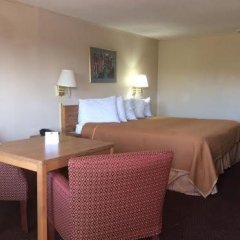 Отель Travelodge Columbus Колумбус комната для гостей фото 5