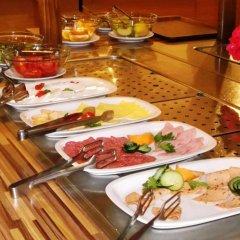 Отель Tintyava Park Hotel Болгария, Золотые пески - отзывы, цены и фото номеров - забронировать отель Tintyava Park Hotel онлайн питание фото 2