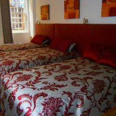 Отель Apartamentos sobre o Douro сейф в номере