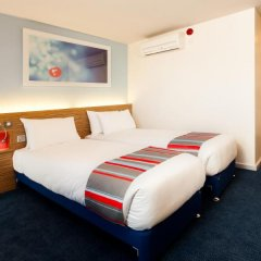 Отель Travelodge Carlisle Central комната для гостей фото 3
