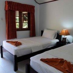 Отель Phi Phi Dusit Bungalow комната для гостей