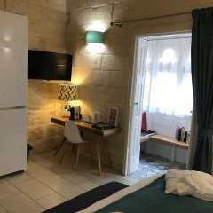 Отель Julesys BnB Мальта, Гранд-Харбор - отзывы, цены и фото номеров - забронировать отель Julesys BnB онлайн удобства в номере фото 2
