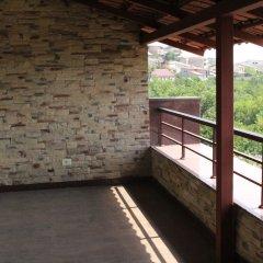 Отель Апарт-Отель Grand Hills Yerevan Армения, Ереван - отзывы, цены и фото номеров - забронировать отель Апарт-Отель Grand Hills Yerevan онлайн балкон