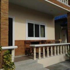 Отель Wattana Bungalow балкон