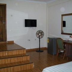 Ampomaah Hotel удобства в номере