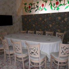 Гостиница Guest House 12 Mesyatsev Украина, Черноморск - отзывы, цены и фото номеров - забронировать гостиницу Guest House 12 Mesyatsev онлайн гостиничный бар