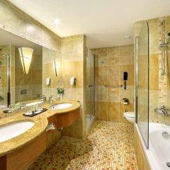 Отель Lindner Hotel Prague Castle Чехия, Прага - 2 отзыва об отеле, цены и фото номеров - забронировать отель Lindner Hotel Prague Castle онлайн ванная