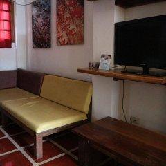 Отель The Lotus Garden Hotel Филиппины, Пуэрто-Принцеса - отзывы, цены и фото номеров - забронировать отель The Lotus Garden Hotel онлайн удобства в номере
