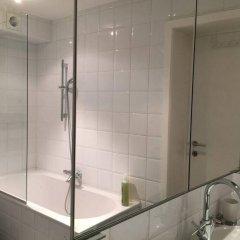 Отель FishMarket B&B Бельгия, Брюссель - отзывы, цены и фото номеров - забронировать отель FishMarket B&B онлайн ванная