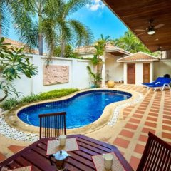 Отель Golden Villa by MyPattayaStay балкон
