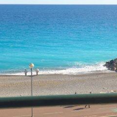 Отель La Floride Promenade des Anglais Франция, Ницца - отзывы, цены и фото номеров - забронировать отель La Floride Promenade des Anglais онлайн пляж фото 2