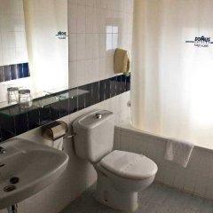 Отель Almanzor Испания, Сьюдад-Реаль - отзывы, цены и фото номеров - забронировать отель Almanzor онлайн ванная